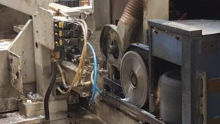 Splicing of wood production line